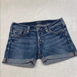 Silver jeans cuffed shorts SZ 28